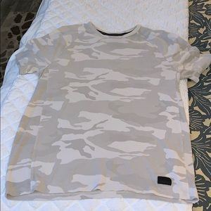 Men's small Abercrombie and Finch camouflage T-